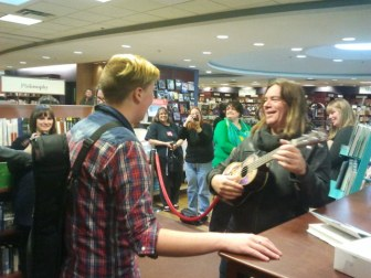Great Big Sea's Alan Doyle is rocking at Chapters Victoria.