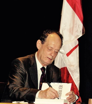 Rex Murphy signs copies of Canada and Other Matters of Opinion at Chapters Robson.