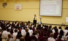 New York Times bestselling author Chris Grabenstein captivates Stratford Hall students in Vancouver.